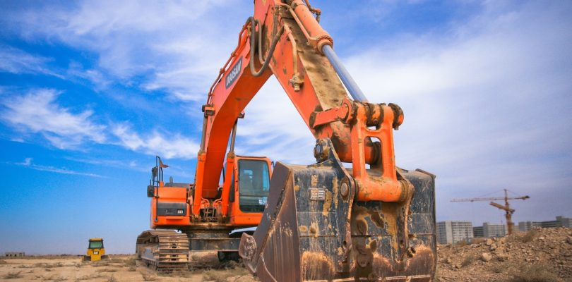 All You Need to Know Before Hiring an Excavator